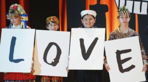 """What They Said: Favorite Lines from Modern Family """"The Musical Man"""""""