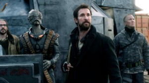 "Falling Skies Season 3 Finale Preview: ""Brazil"" [PHOTOS and VIDEO + Noah Wyle Interview]"