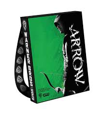 Arrow Giveaway: Win the 2013 Comic-Con Bag (and Cape)