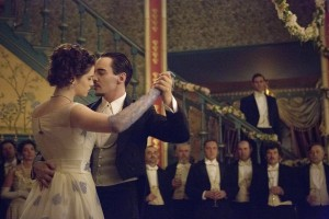 """Dracula Preview: """"The Devil's Waltz"""" [VIDEO and PHOTOS]"""