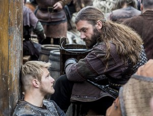 Vikings-Bjorn-and-Rollo-have-uncle-nephew-bonding-time-600x456