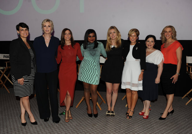 Tv Goodness Reports Mindy Kaling Jane Lynch Liz Meriwether And More At Fox S Girls Night Out Photos Tv Goodness