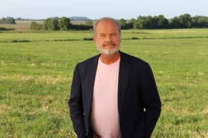 "Who Do You Think You Are Preview: ""Kelsey Grammer"" [VIDEO and PHOTOS]"