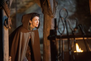 """Outlander Preview: """"The Gathering"""" [VIDEO and PHOTOS]"""