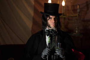 "American Horror Story: Freak Show Preview: ""Edward Mordrake, Pt 2"" [VIDEO and PHOTOS]"