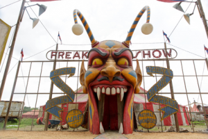 "American Horror Story: Freak Show ""Monsters Among Us"""