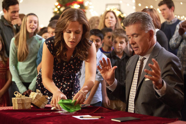 Cookie Cutter Christmas.Tv Movie Goodness Preview Hallmark Channel S A Cookie