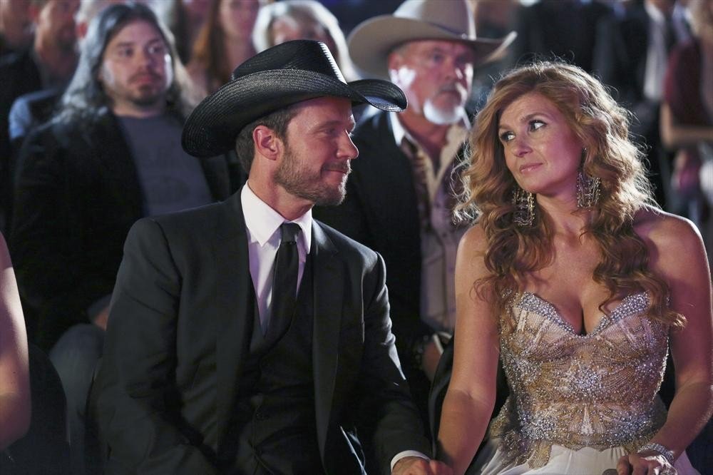 "Nashville Preview: ""You're Looking at Country"" [PHOTOS and VIDEO]"