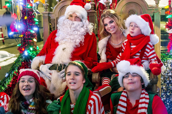 TV Movie Goodness Preview: Hallmark Channel's The Christmas Parade ...