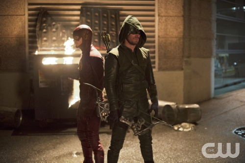 The Flash/Arrow Crossover Event Preview [VIDEO and PHOTOS]