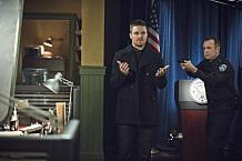 "Oliver's Secret Exposed, Arrow ""Public Enemy"""