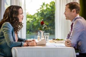 "Cedar Cove Season 3 Premiere Preview: ""Hello Again"""
