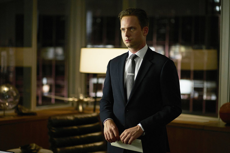 Speculate This: Mike's [SPOILER] on USA Network's Suits — Whodunit?