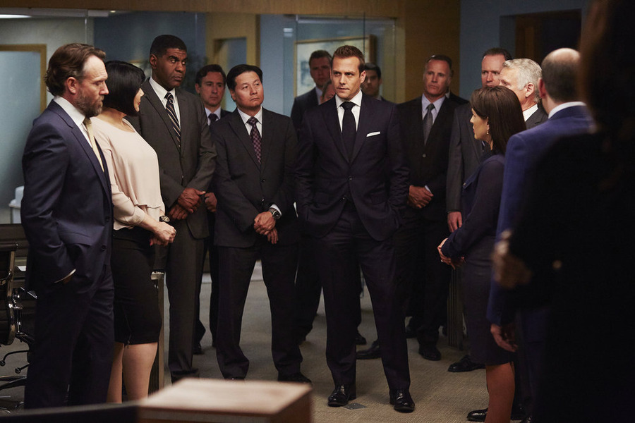 "Suits Summer Finale Preview: ""Faith"""