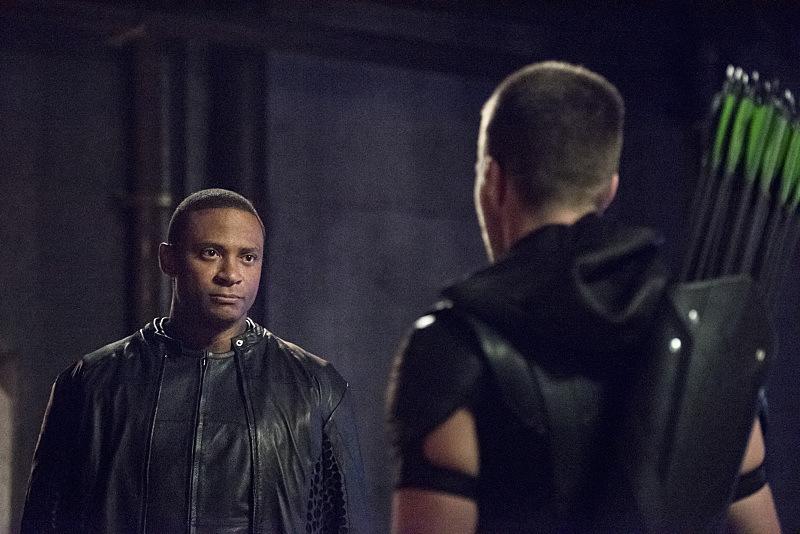 6 Things We Learned In The Arrow Season 4 Premiere