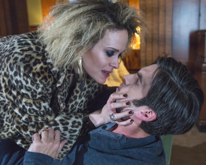 """American Horror Story: Hotel """"She Gets Revenge"""""""