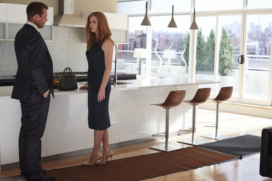 """Suits' Sarah Rafferty Says Next Six Episodes are """"As Emotional As It Can Get"""""""