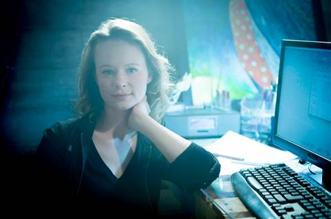 Guest Star Goodness Q&A: Thora Birch Previews Her Role on Colony