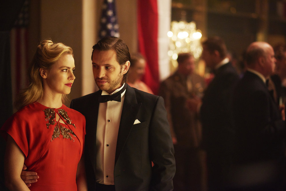 """12 Monkeys Preview: """"One Hundred Years"""""""
