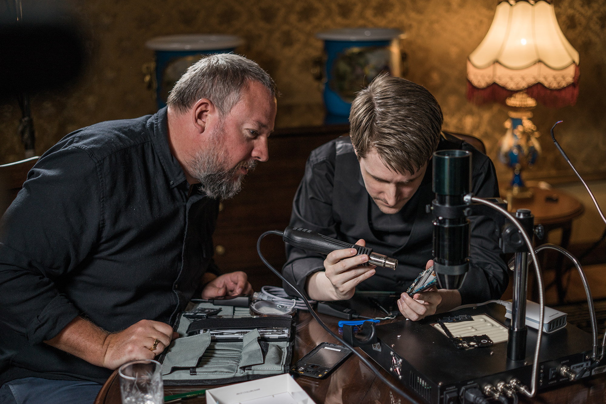 """VIDEO of the Day: VICE founder Shane Smith talks """"State of Surveillance"""" with Edward Snowden"""
