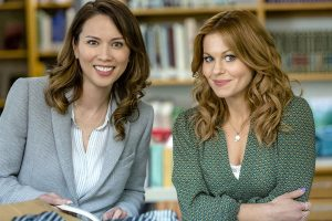 Three Bedrooms, One Corpse An Aurora Teagarden Mystery Preview