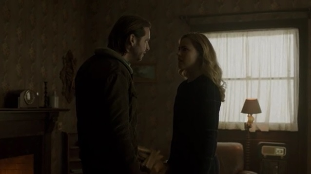 """Amanda Schull and Aaron Stanford Talk 12 Monkeys """"Blood Washed Away"""""""