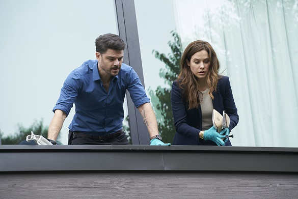 First Look: Lifetime's Mary Kills People
