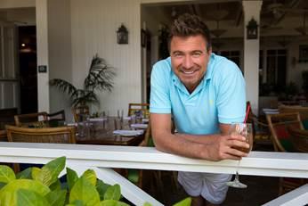 Booze Traveler Jack Maxwell Explores America's Best Bars
