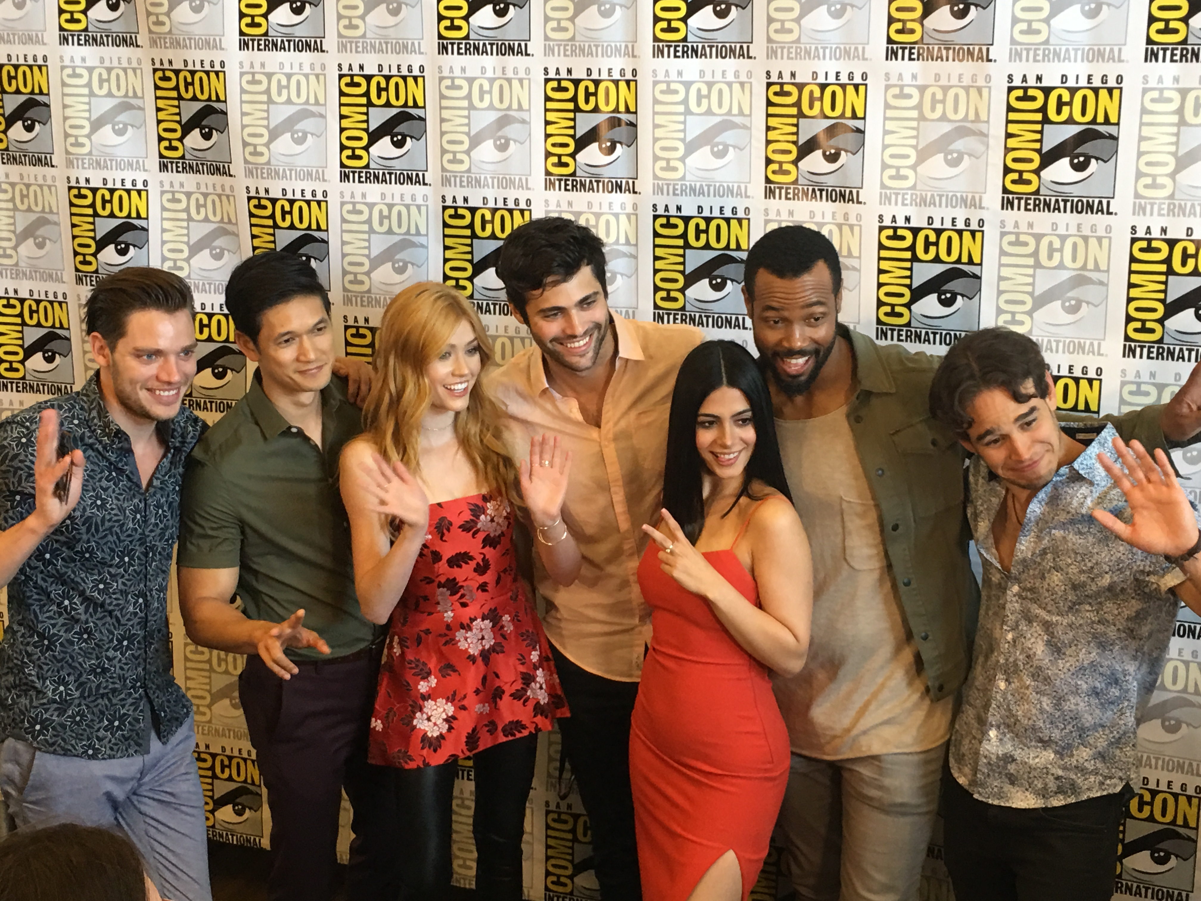 Comic-Con 2017: The Shadowhunters Cast on Rest of Season 2