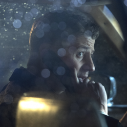 "Ben McKenzie on Directing Gotham's ""A Dark Knight: One of My Three Soups"""