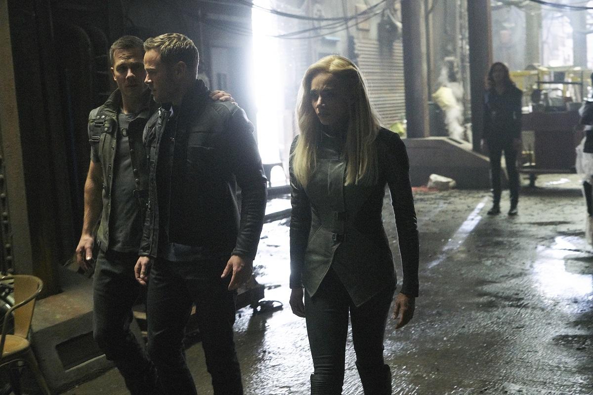 """Killjoys Season 4 Finale Preview: """"Sporemageddon"""""""