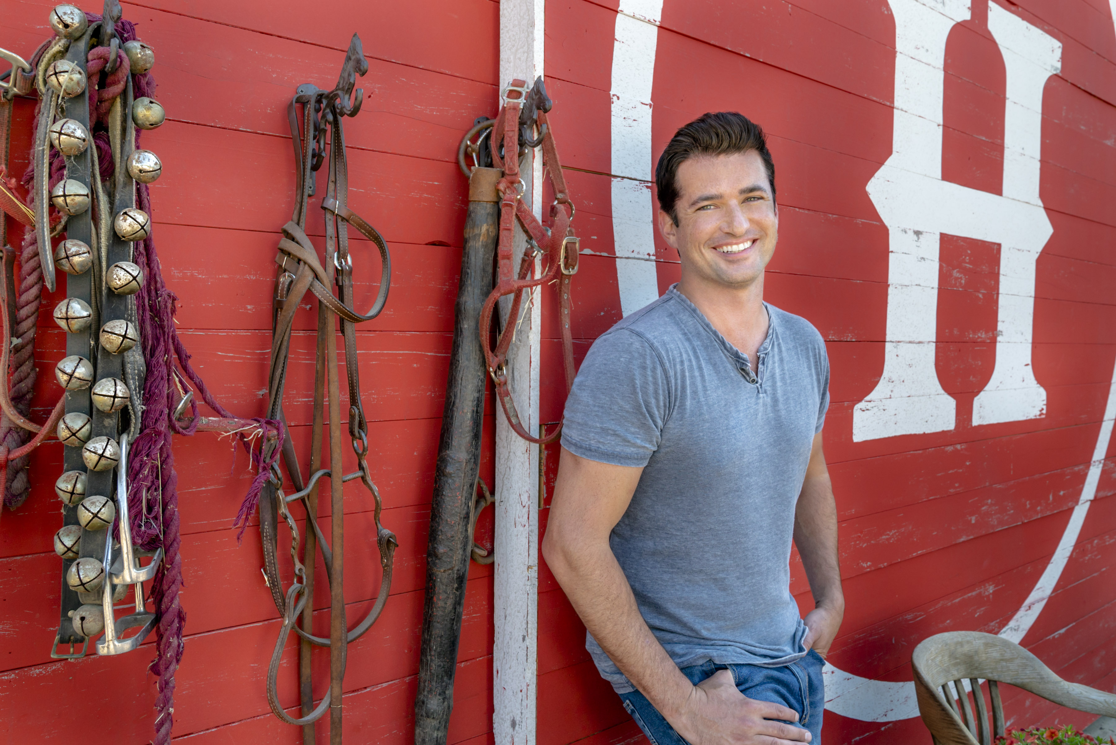 Wes Brown Previews Hallmark Channel's Under the Autumn Moon
