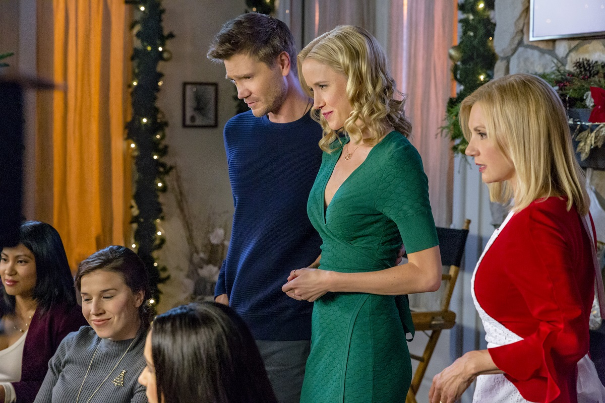 2018 Holiday Movie Season November Preview: Weekend One